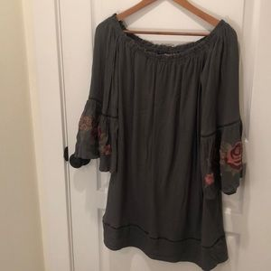 Cute off shoulder tunic/dress